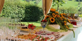 Aperitifs & Buffets in the garden